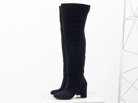 Черные сапоги ботфорты из замши на каблуке, М-18127-01
