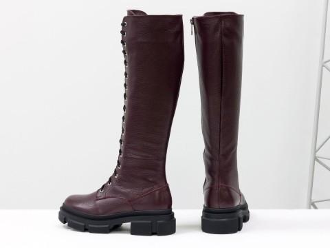 Женские спортивные бордовые сапоги из натуральной черной кожи на шнуровке по всей длине, Б-2090-02