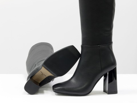 Эксклюзивные высокие сапоги черного цвета из натуральной кожи  на устойчивом глянцевом каблуке, М-20108-01