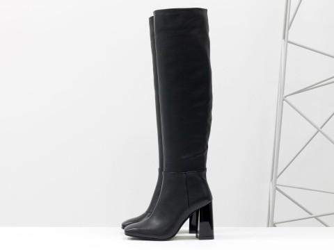 Высокие сапоги из черной натуральной кожи  на глянцевом  каблуке, М-20108-01