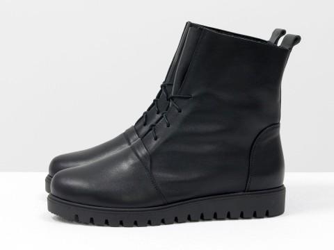 Женские ботинки на шнуровке из кожи черного цвета ,Б-17331-09