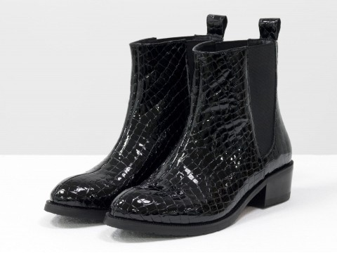 Лаковые черные ботинки челси из натуральной кожи с текстурой питон