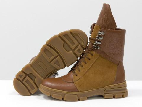 Рыжие ботинки на шнуровке из натуральной кожи и замши на утолщенной подошве