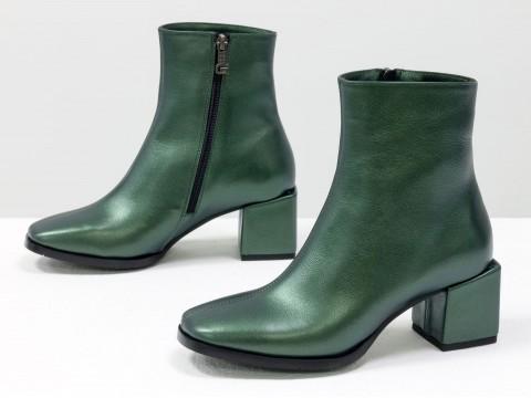 Женские  ботинки из натуральной зеленой кожи на квадратном каблуке, Б-2061-06