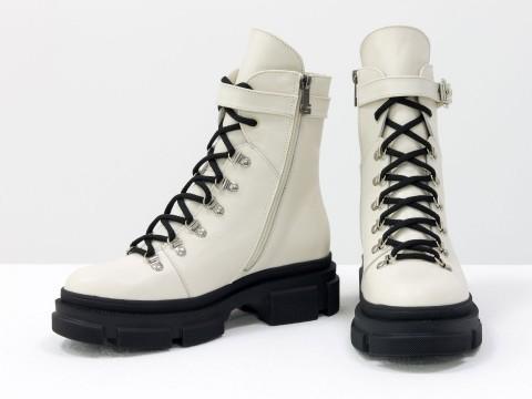 Женские молочные ботинки  из натуральной кожи на шнуровке, Б-2065-04