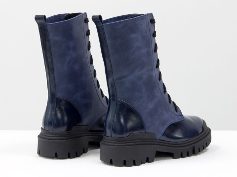 Женские  ботинки  из натуральной кожи синего цвета с вставками из лаковой кожи  на шнуровке, Б-16077/1-11