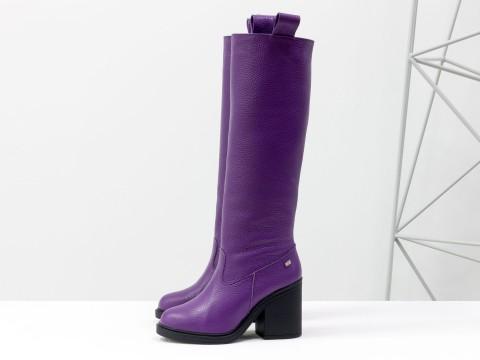 Осенние сапоги на среднем каблуке из кожи флотар фиолетового цвета, М-17356-21