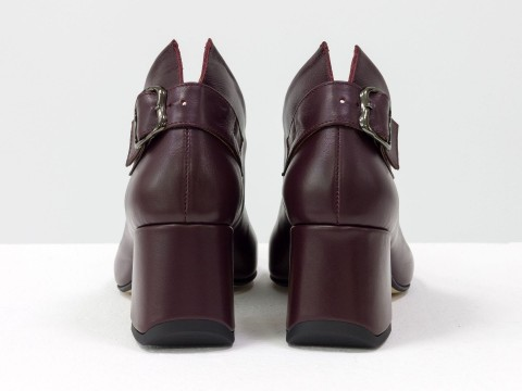 Дизайнерские закрытые туфли на невысоком обтяжном каблуке из натуральной итальянской кожи бордового цвета,  Т-2056-03