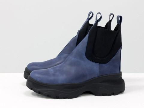 Женские ботинки на высокой подошве из кожи  синего цвета Б-1966-09
