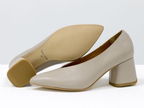 Дизайнерские туфли-перчатки на невысоком обтяжном каблуке из натуральной итальянской кожи бежевого цвета,  Т-2050-06