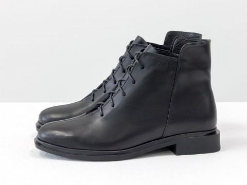Женские классические ботинки черного цвета из натуральной кожи