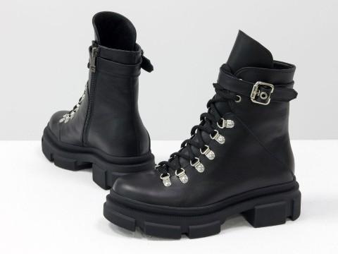 Женские черные ботинки  из натуральной кожи на шнуровке, Б-2065-02