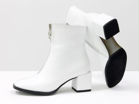 Женские  ботинки из натуральной белой кожи на квадратном каблуке с молнией впереди, Б-2077-02