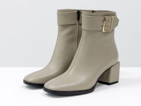 Женские  ботинки из натуральной серо-бежевой кожи на квадратном каблуке, Б-2061-03