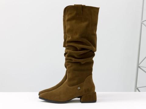 Cапоги из натуральной коричневой замши на маленьком каблуке, М-2083-01