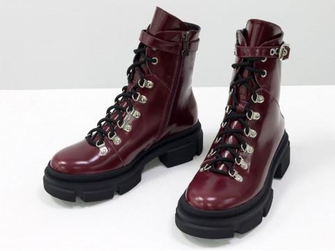 Женские лаковые ботинки  из натуральной кожи цвета бордо на шнуровке, Б-2065-01