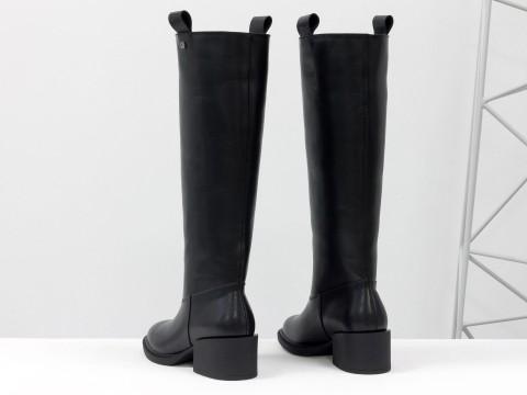 Женские классические сапоги из натуральной черной кожи на каблуке, М-2082-01