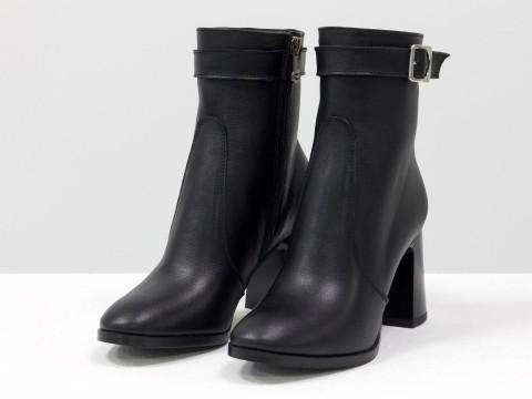Дизайнерские базовые ботильоны черного цвета  из натуральной лицевой кожи на высоком каблуке, Б-2079-01