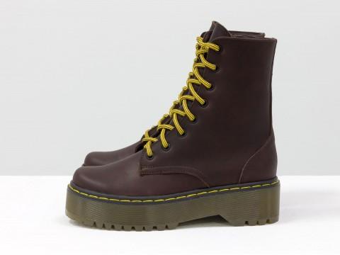 Женские  ботинки из натуральной кожи на тракторной подошве в стиле Dr. Martens, Б-2069-01