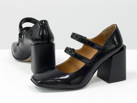 Дизайнерские туфли из натуральной черной лаковой кожи на устойчивом квадратном каблуке,  Т-2049-04