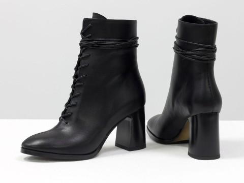 Дизайнерские базовые ботильоны черного цвета на шнуровке из натуральной лицевой кожи на высоком каблуке, Б-2091-01
