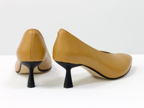 """Дизайнерские туфли-перчатки на невысоком каблуке """"рюмочка"""" из натуральной итальянской кожи табачного цвета,  Т-2050-13"""