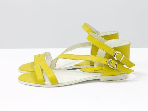 Босоножки летние желтые кожаные на легкой черной подошве, С-680-11