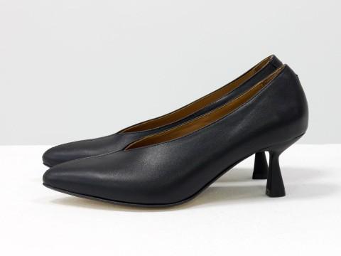 Дизайнерские туфли-перчатки на невысоком  каблуке из натуральной итальянской кожи черного цвета,  Т-2050-14