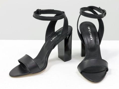 Классические черные босоножки из натуральной кожи