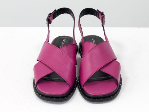 Женские босоножки розового цвета из натуральной кожи