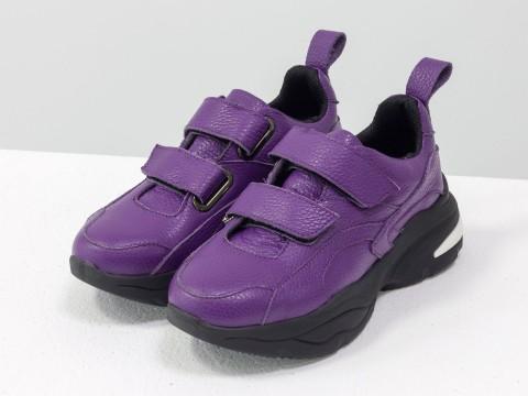 Женские черные кроссовки на липучках из натуральной фиолетовой кожи на модной подошве