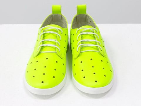 Женские туфли с перфорацией из натуральной кожи со шнуровкой