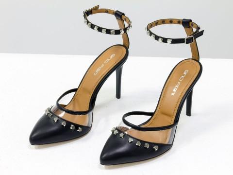 Дизайнерские туфли на шпильке из кожи черного цвета и вставками из мягкого силикона