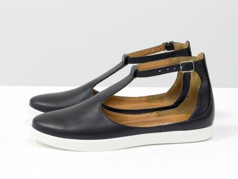 Женские туфли с ремешком из натуральной черной кожи на низком ходу