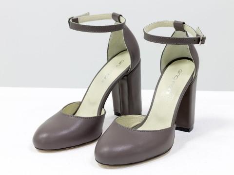 Классические женские туфли с ремешком из натуральной кожи на высоком каблуке