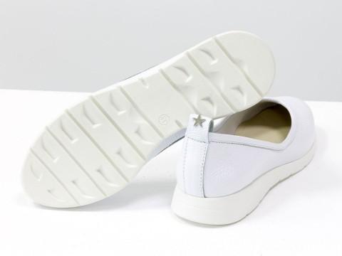 Женские спортивные туфли из натуральной кожи флотар