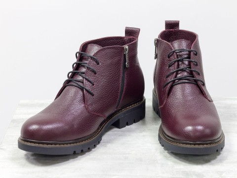 Женские осенние ботинки из натуральной кожи бордового цвета на шнуровке