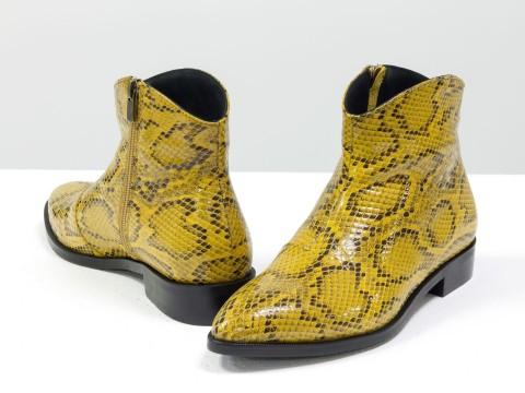 """Женские ботинки с удлиненным носиком из эксклюзивной кожи """"рептилия"""""""