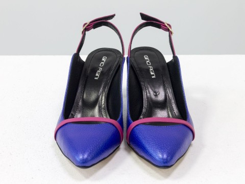 Синие туфли на шпильке из натуральной кожи синего цвета
