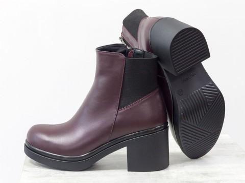 Женские бордовые ботинки из натуральной кожи на удобном каблуке