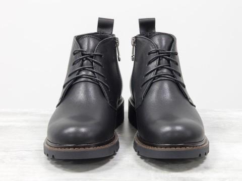 Женские ботинки натракторной подошве из натуральной черной кожи