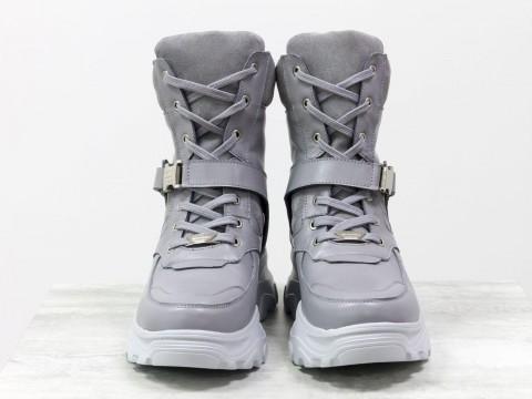 Женские спортивные ботинки из натуральной серой кожи и замши на модной высокой подошве