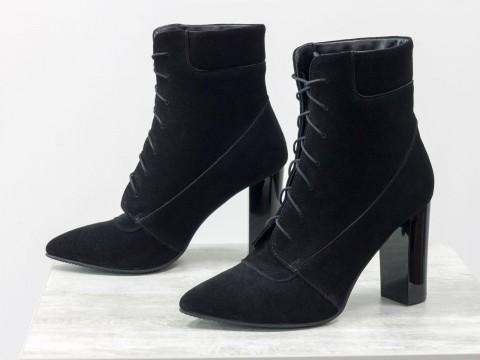 Женские замшевые ботильоны черного цвета со шнуровкой, Б-1725-07