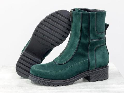 Зимние высокие ботинки зеленого цвета из натуральной замши