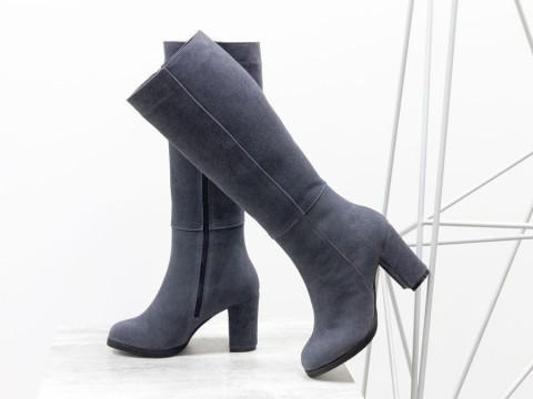 Классические женские сапоги из замши серого цвета на каблуке , М-17346/3-02