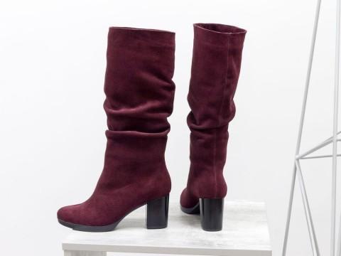 Женские бордовые сапоги из натуральной замши на каблуке