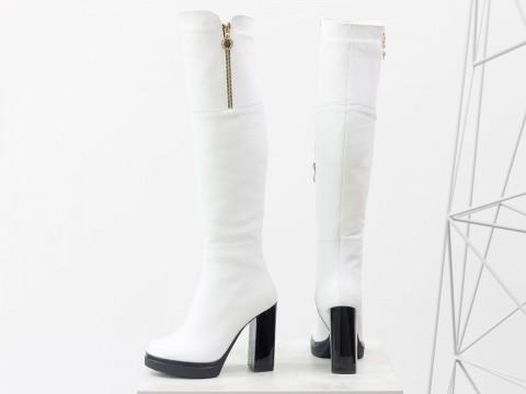 """Женские ботфорты на высоком каблуке из натуральной кожи с текстурой """"зерно белого цвета"""