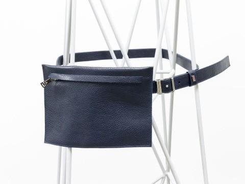 Женская сумка на пояс из кожи-флотар в синем цвете , С-03