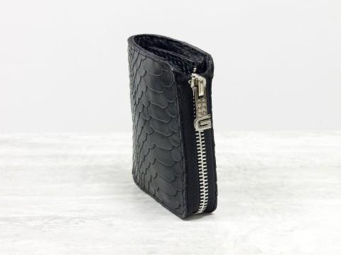 Женскийкожаный кошелек черного цвета питон