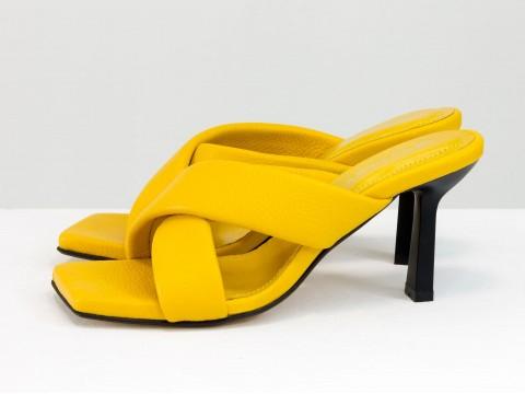 Дизайнерские желтые сабо на небольшом каблуке из натуральной итальянской кожи, С-2130-02